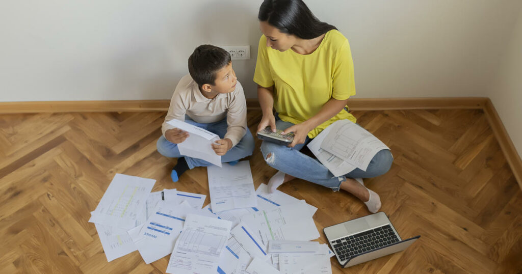No Work By Families: Monthly Child Benefits